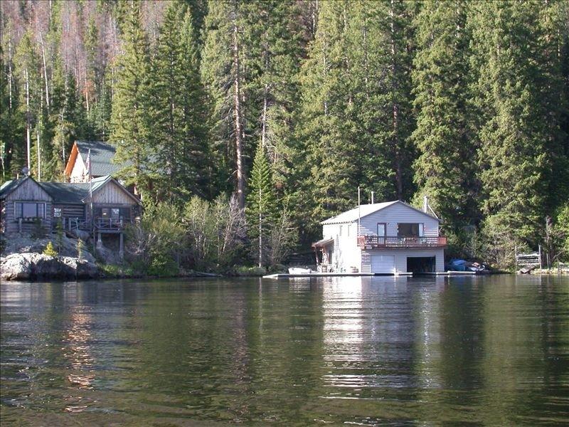 Grand lake boat house a summer rental cabin in grand for Grand lake colorado cabin rentals